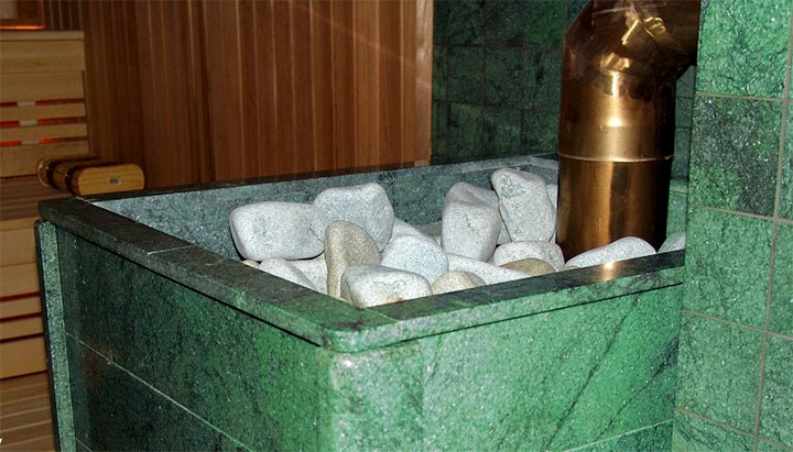 Облицовка из плитки жадеит в бане