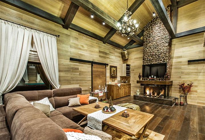 Современный интерьер комнаты отдыха для бани