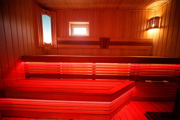 Подсветка полок в бане