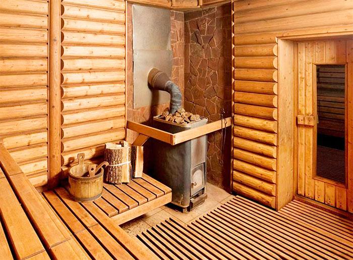 Деревянный настил в бане