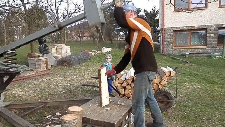 Самодельное устройство для колки дров