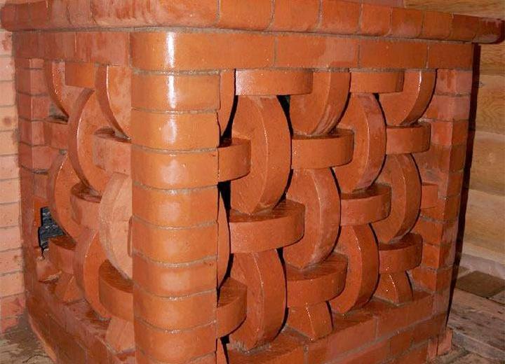 Декорирование бани красным кирпичом