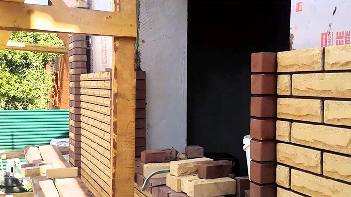 Облицовка фасада дачи
