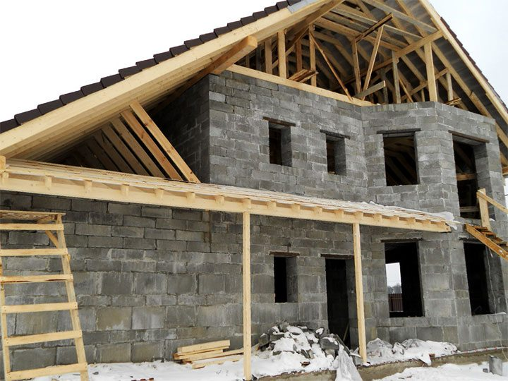 Строительство дома из блоков