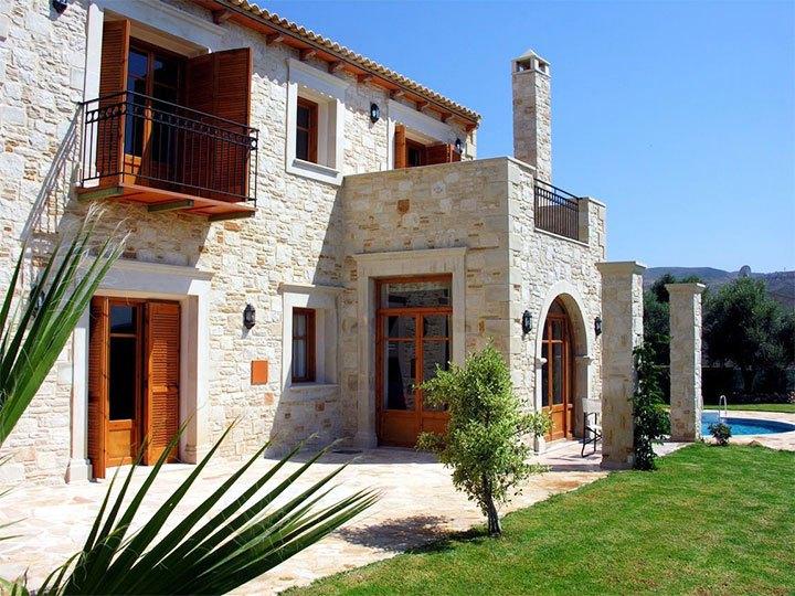 Типичный домик в средиземноморском стиле