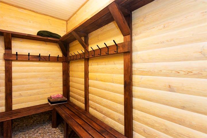 Раздевалка в бане