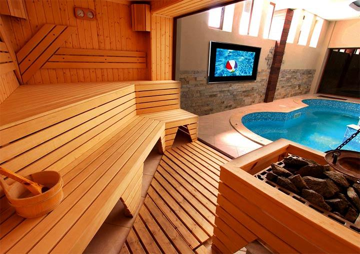 Сауна с бассейном
