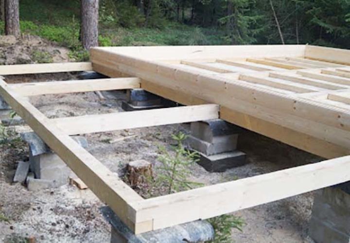 Монтаж основания под баню на столбчатый фундамент