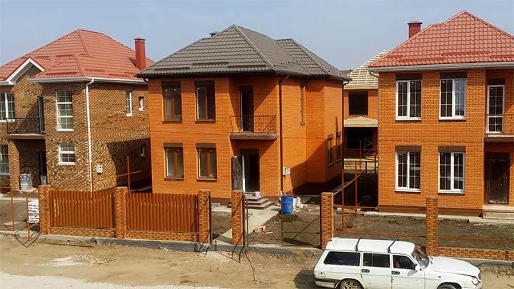 Двухэтажные каттеджи